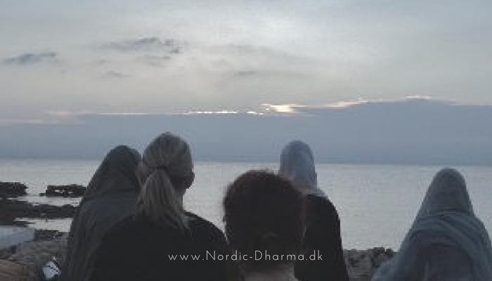 Kvinde Nordic Dharma Sanga